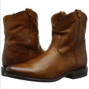Frye Wyatt Short Ankle Boot